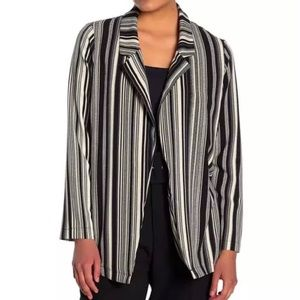 "NEW ""LUSH"" Novak crepe black/cream striped blazer"